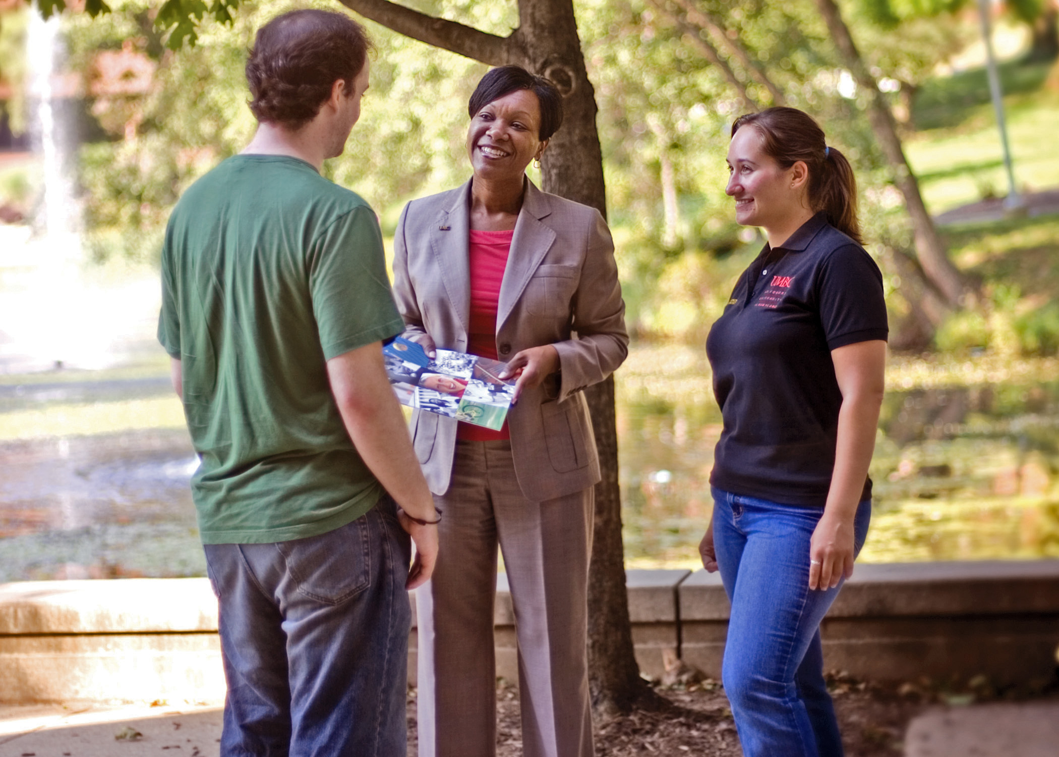 Dr. Mozie-Ross with UMBC students.