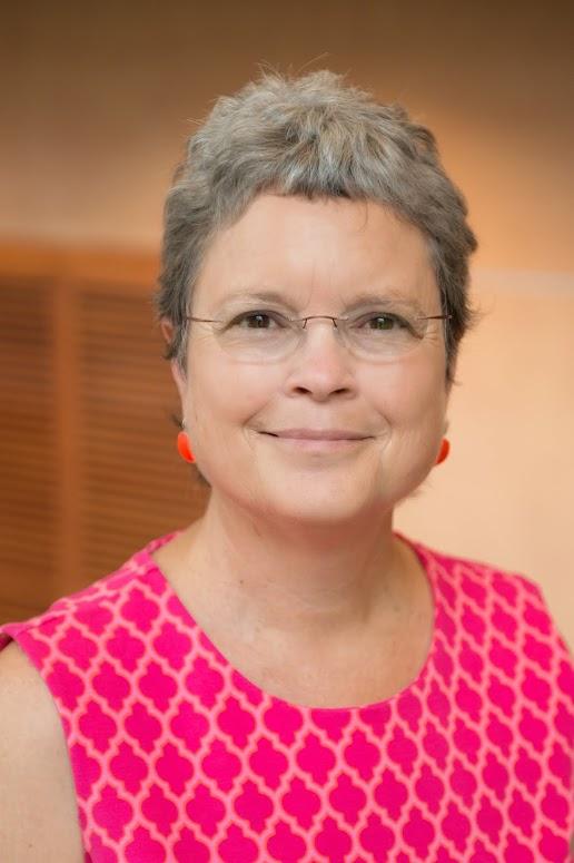 Claudia Pearce-Alumni_Award_Recipients-2014-2786